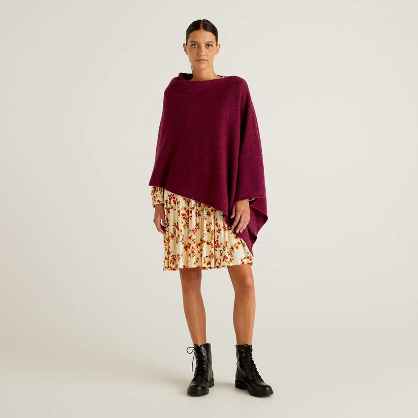 Cloak in pure Shetland wool