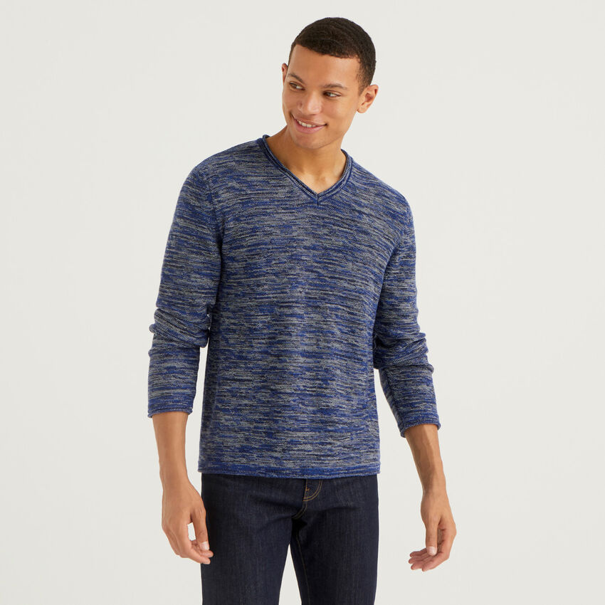 Mélange look sweater with V-neck