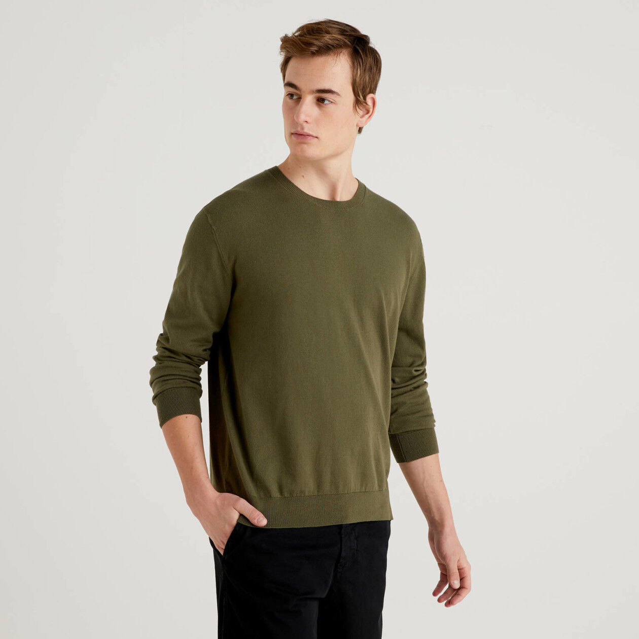 Crew neck sweater in cotton blend