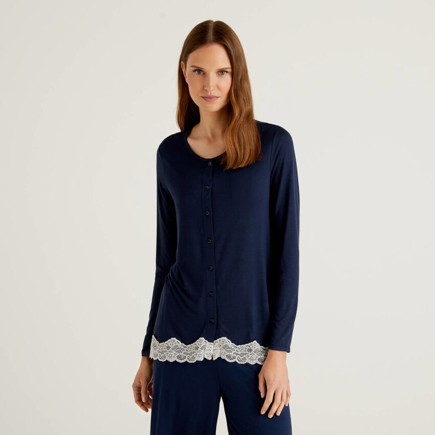 Open sweater with lace detail