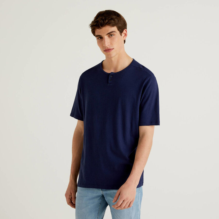 Henley t-shirt in linen blend