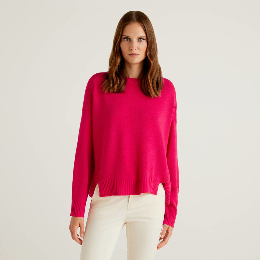 Wool blend sweater with slits