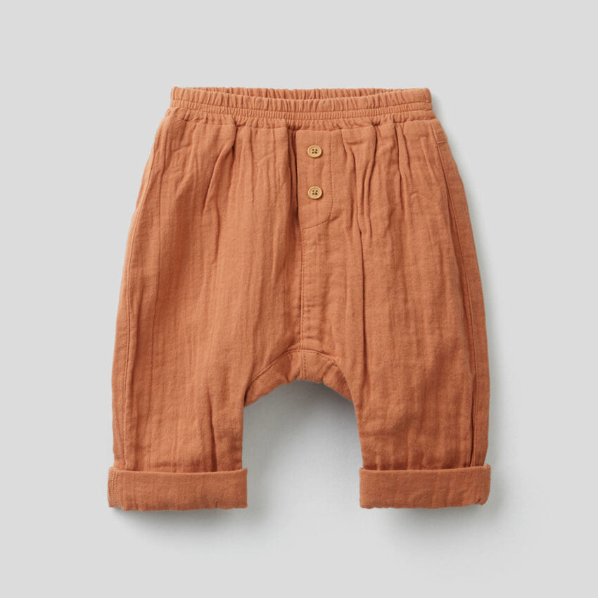 Trousers in pure linen