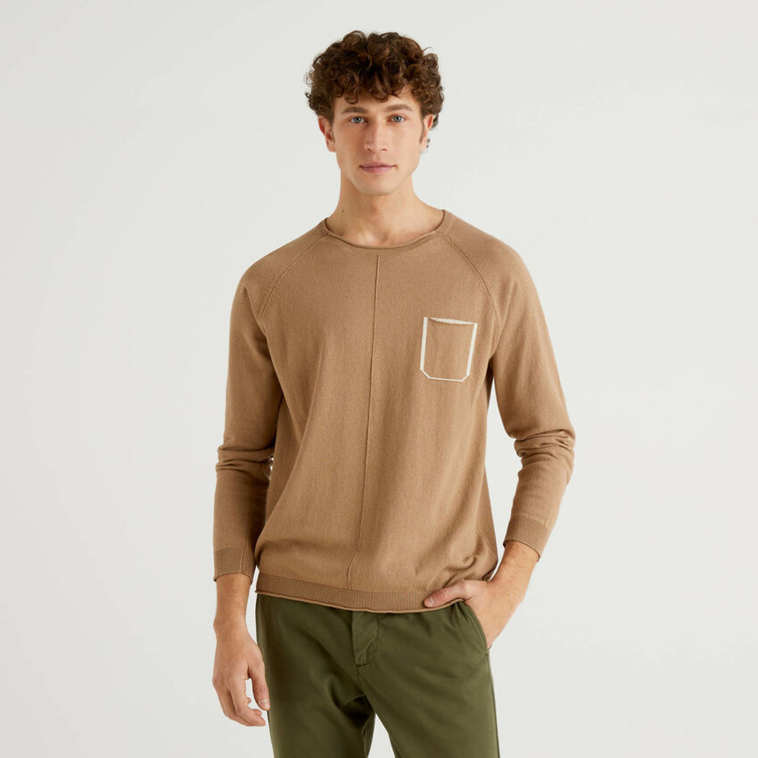 Cotton sweater with pocket
