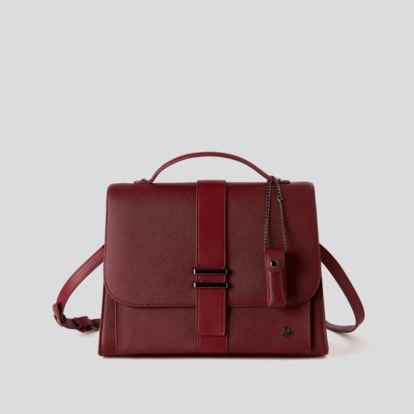 Boxy bag with charm