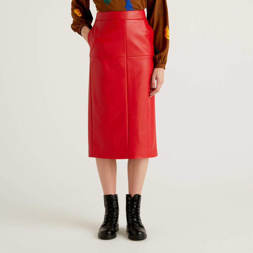 Pencil skirt in imitation leather fabric