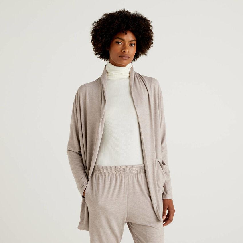 Maxi flowy cardigan with pockets