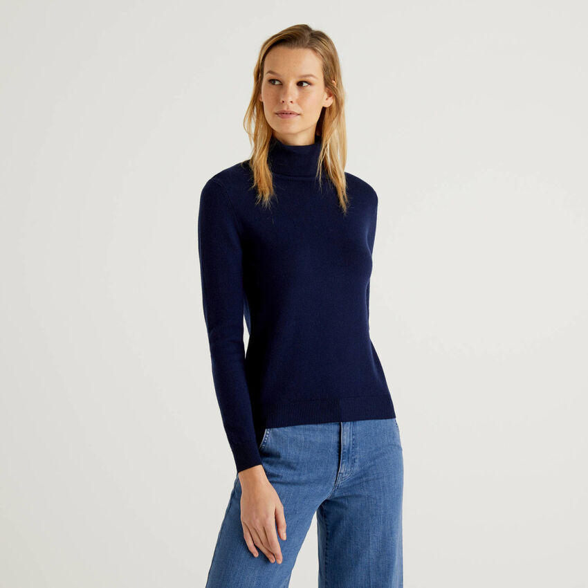 Dark blue turtleneck sweater in pure virgin wool