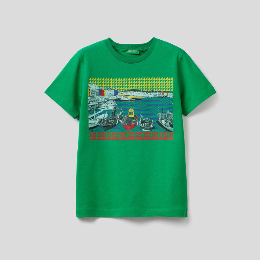 T-shirt with landscape print