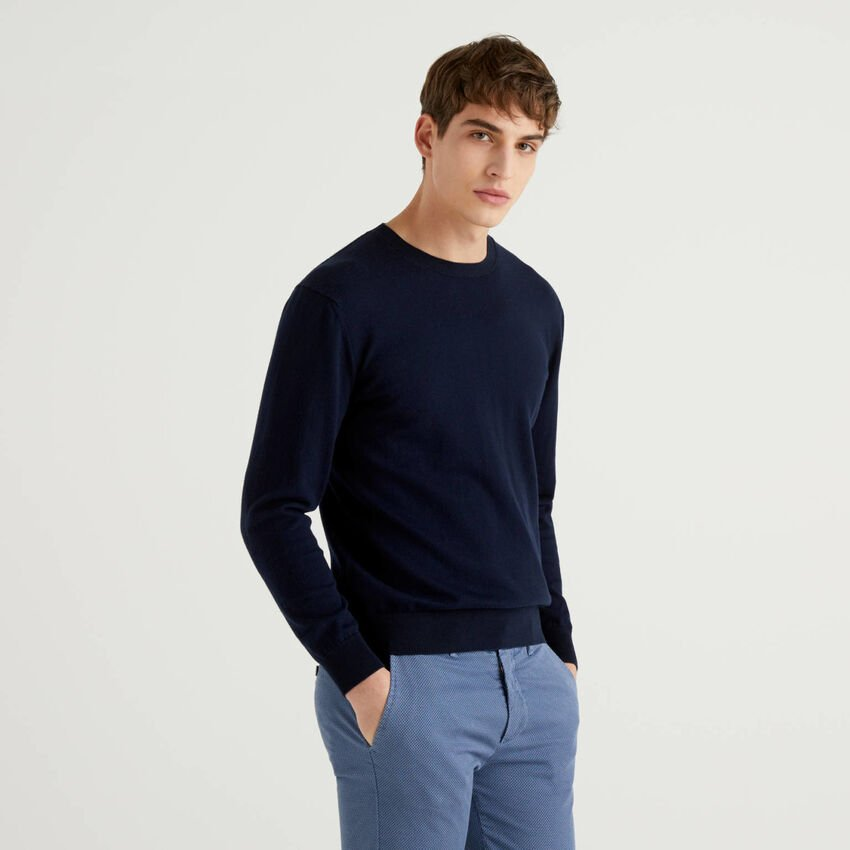 Sweater in cashmere and cotton blend