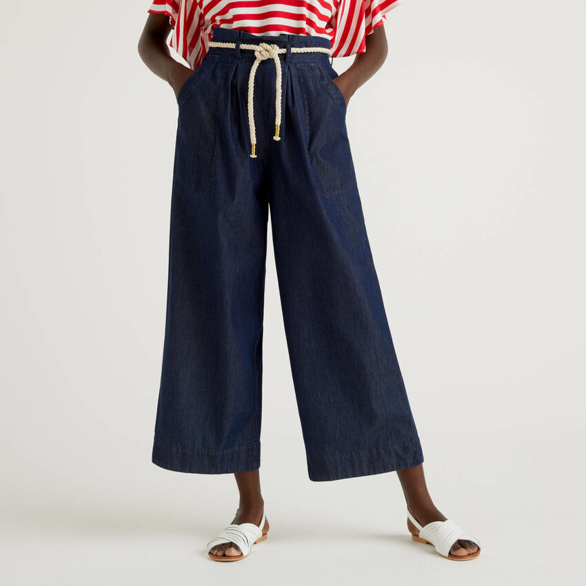 Palazzo pants with belt