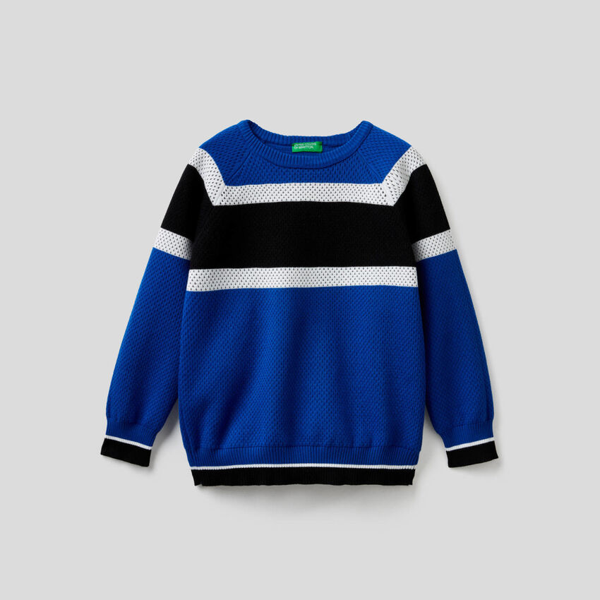 Sweater with clashing bands