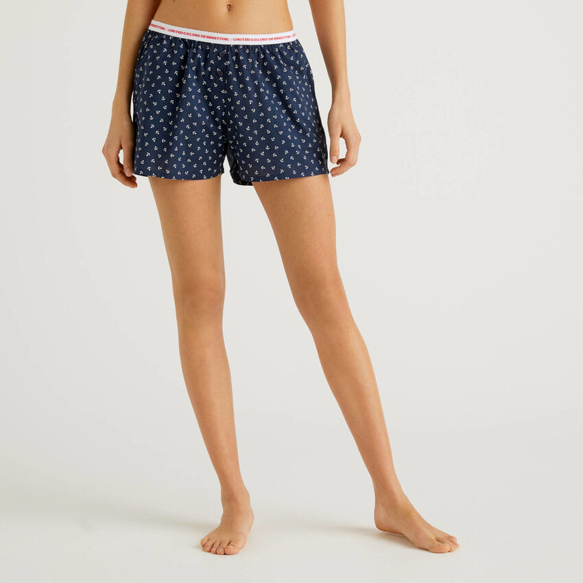Patterned shorts in pure cotton