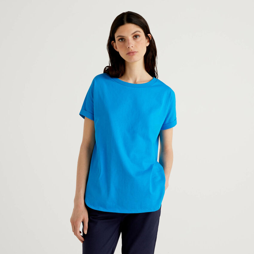 T-shirt with cuffed sleeve