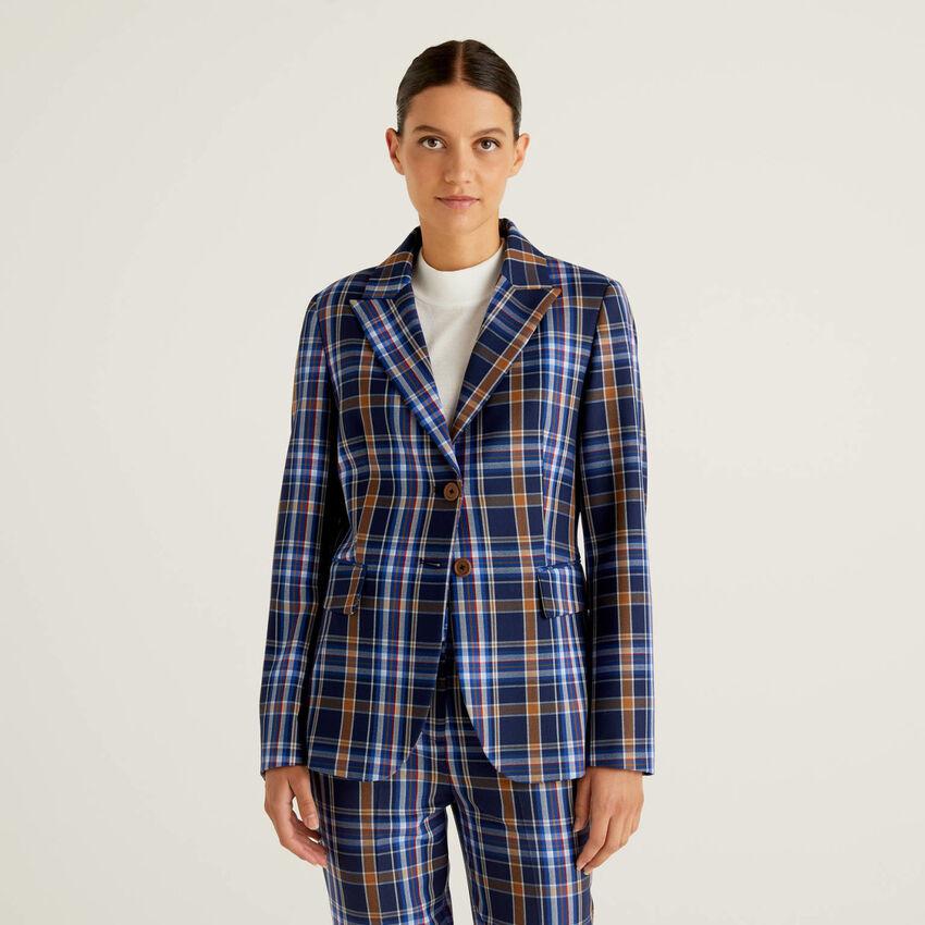 Check blazer in flowy fabric