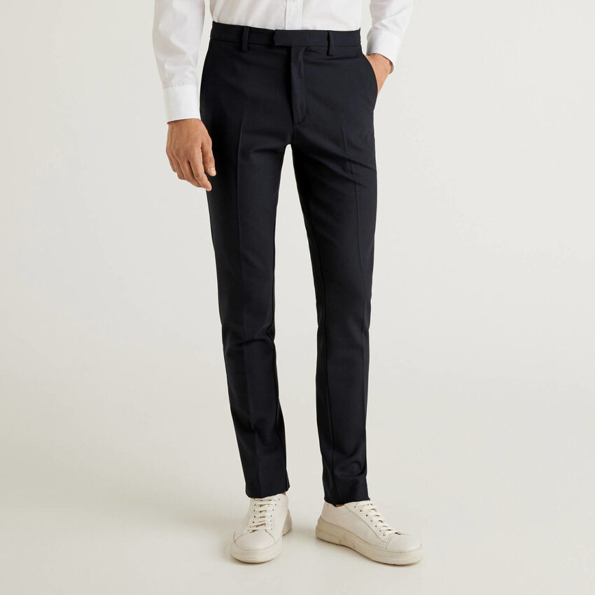 Slim fit trousers in fresh wool