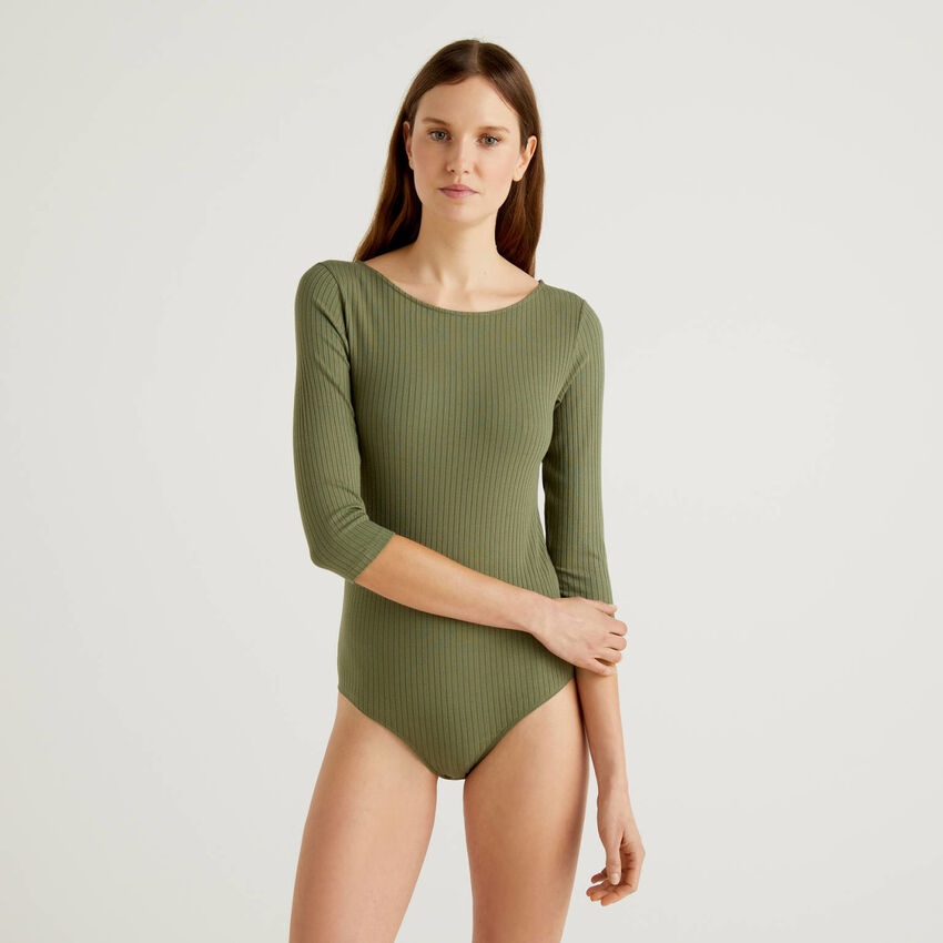 Bodysuit with boat neck