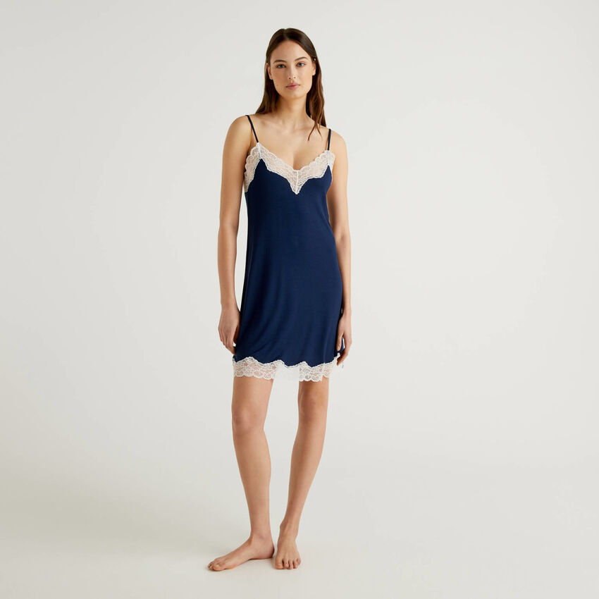 Flowy slip with lace detail
