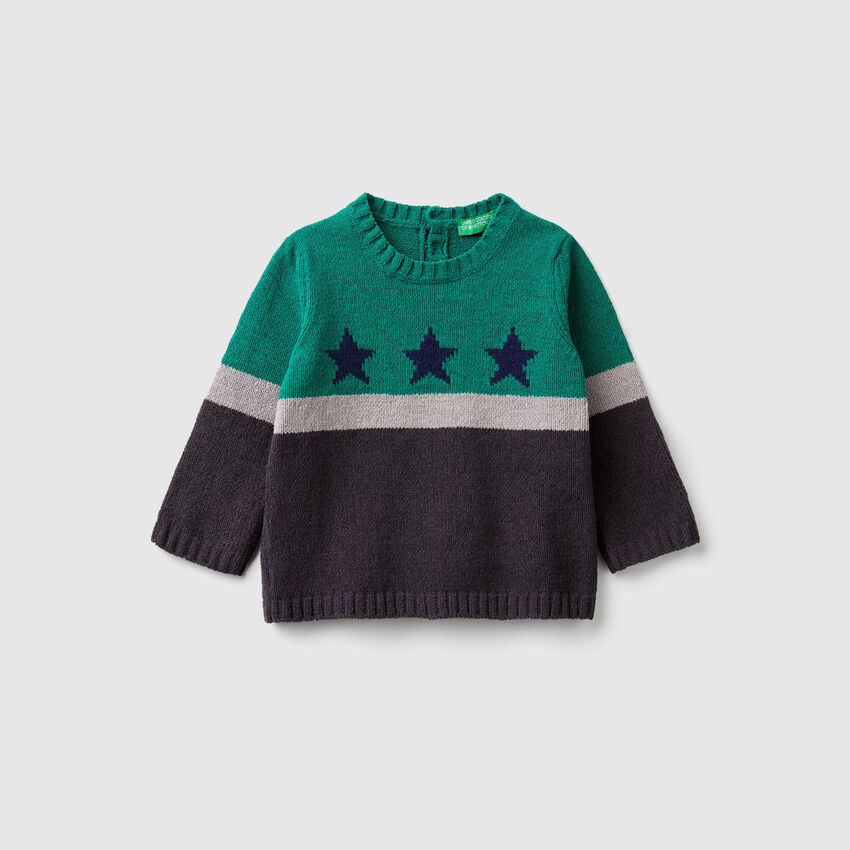 Chenille sweater with inlay