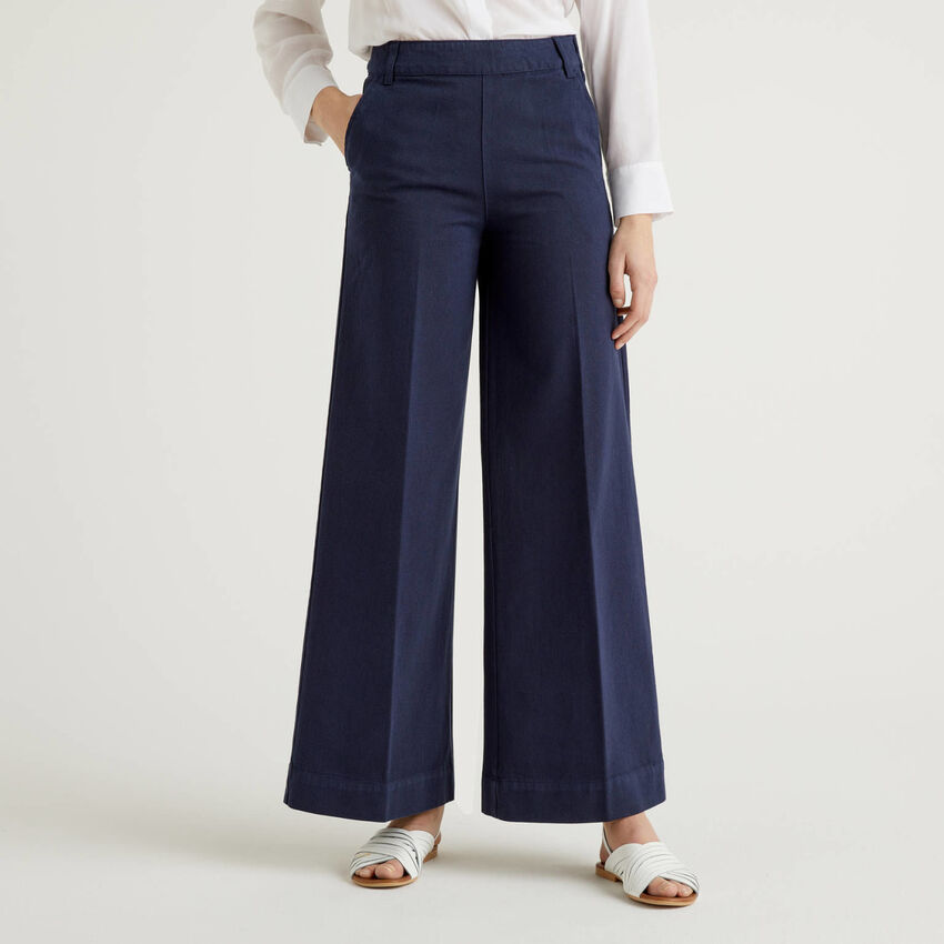 Trousers with wide leg in cotton