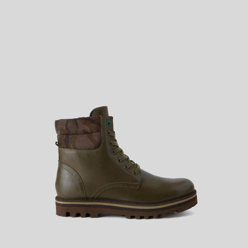 Leather heavy-duty boots
