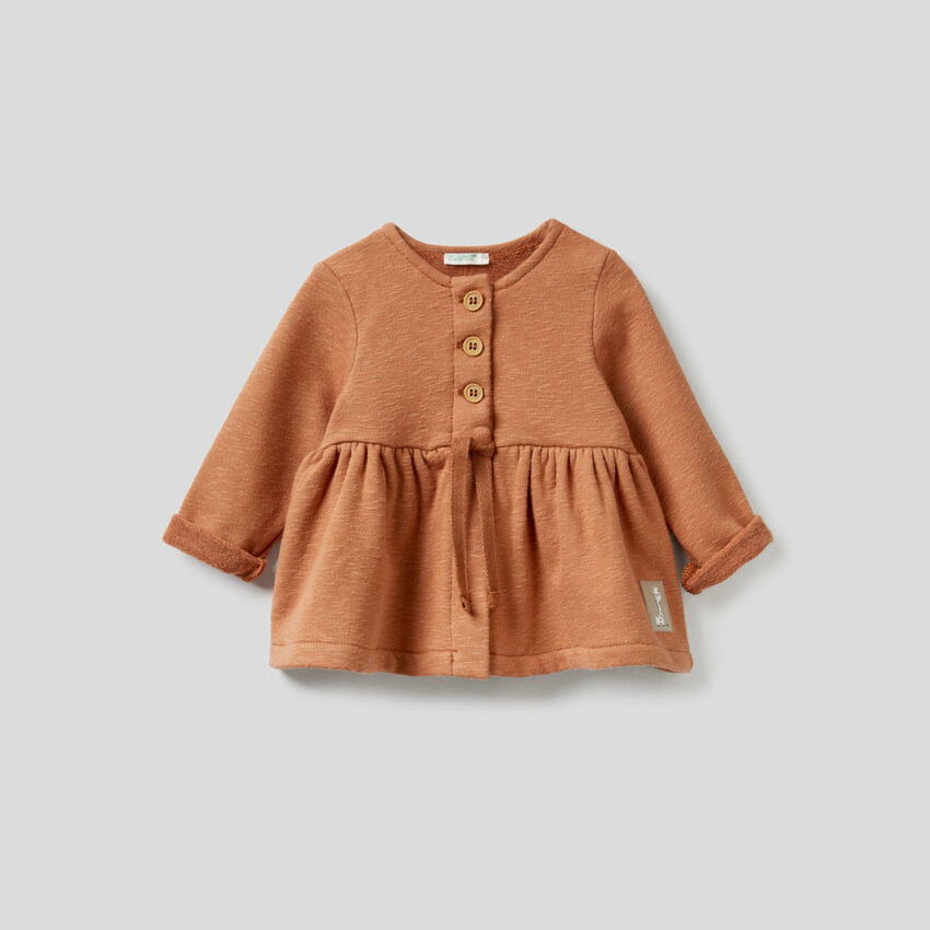 Open sweatshirt with frill